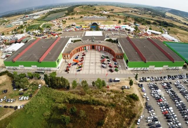 Resultado de imagem para Centro Nacional de Exposições e Mercados Agrícolas, em Santarém